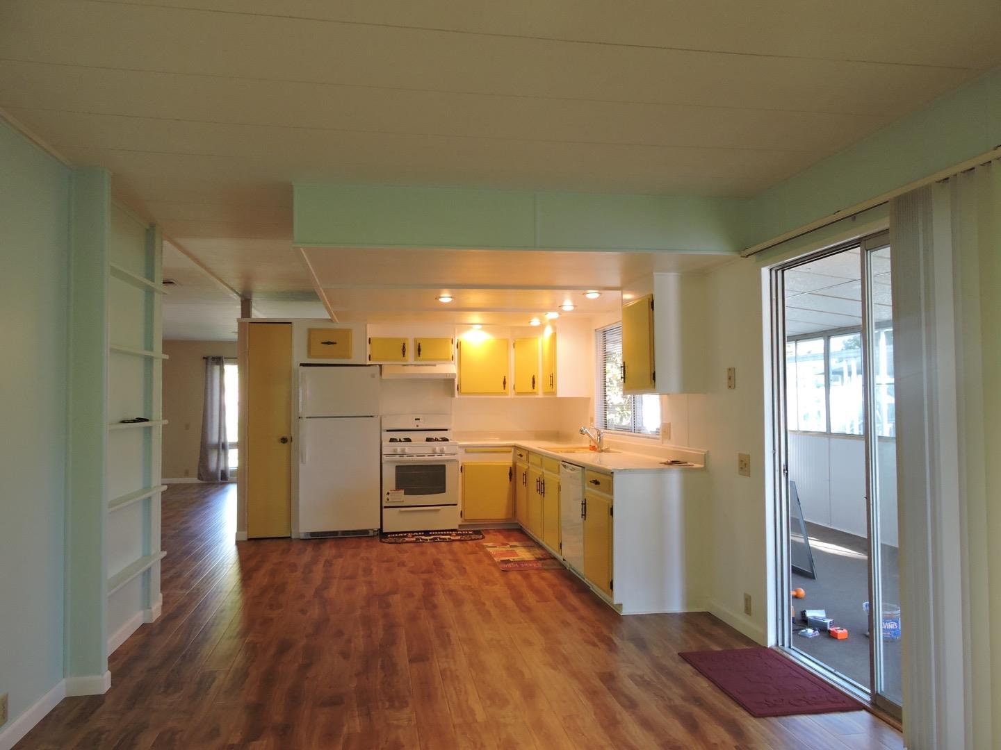 Additional photo for property listing at 3637 Snell Avenue  San Jose, Californie 95136 États-Unis