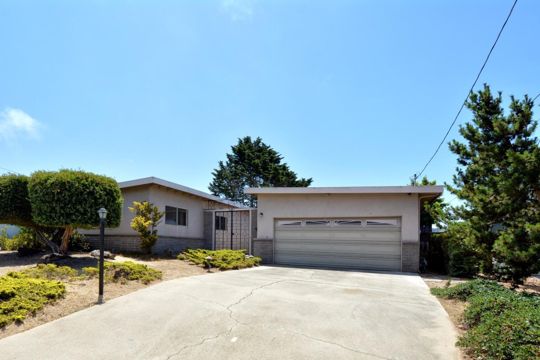 Casa Unifamiliar por un Venta en 980 Portola Drive Del Rey Oaks, California 93940 Estados Unidos