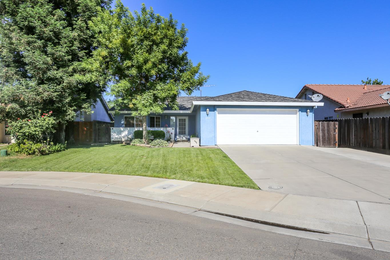 Single Family Home for Sale at 1949 Fultz Merced, California 95341 United States