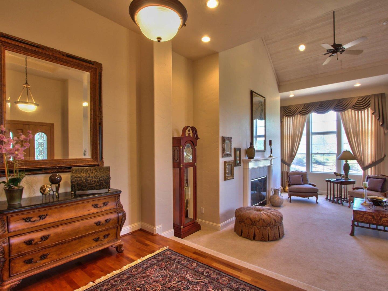 Additional photo for property listing at 29051 Falcon Ridge Road  Salinas, 加利福尼亞州 93908 美國