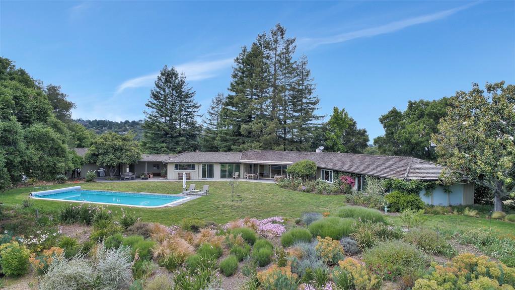 Casa Unifamiliar por un Venta en 8 Arastradero Road Portola Valley, California 94028 Estados Unidos