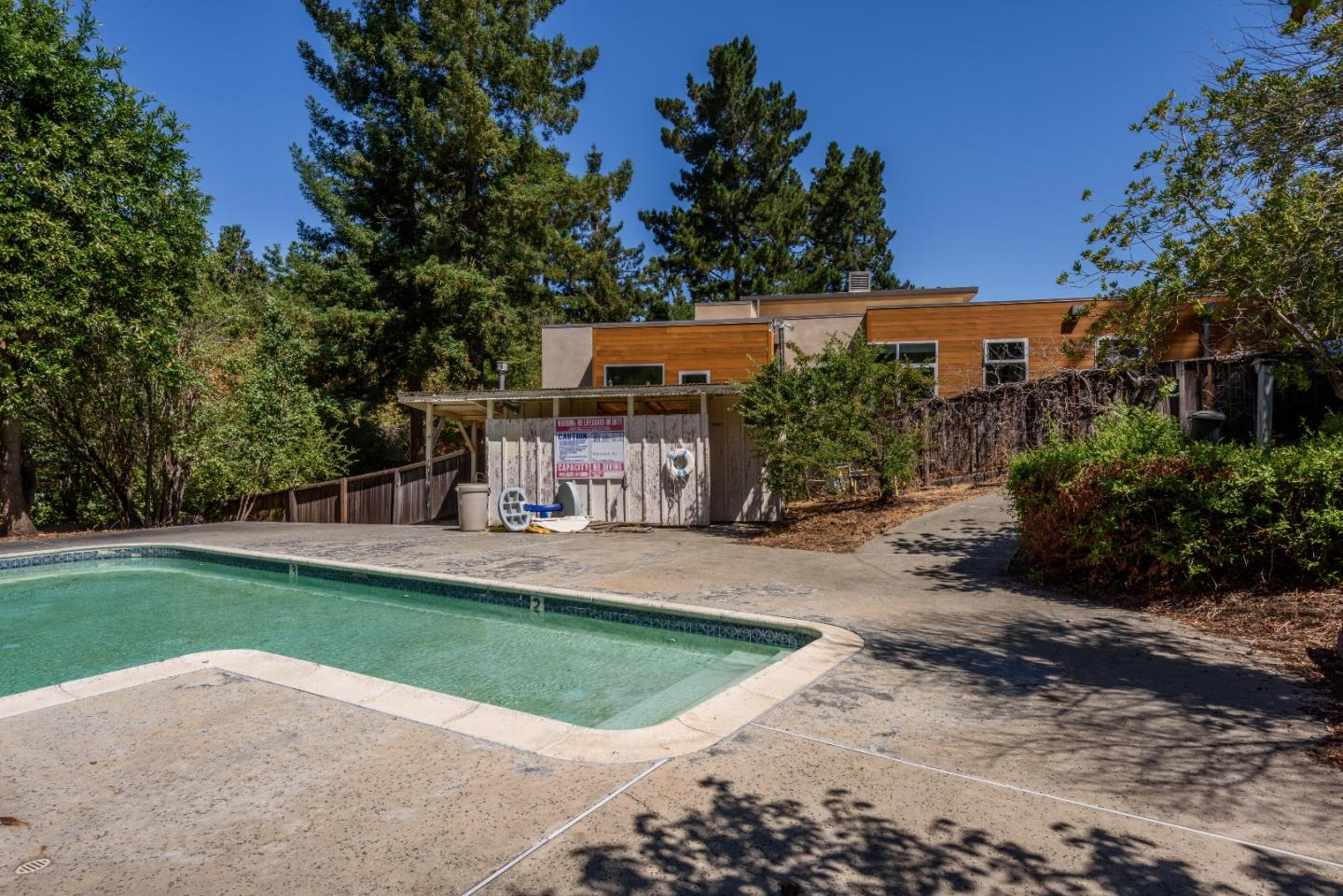 Additional photo for property listing at 13 Cypress Court  Los Altos, Kalifornien 94022 Vereinigte Staaten
