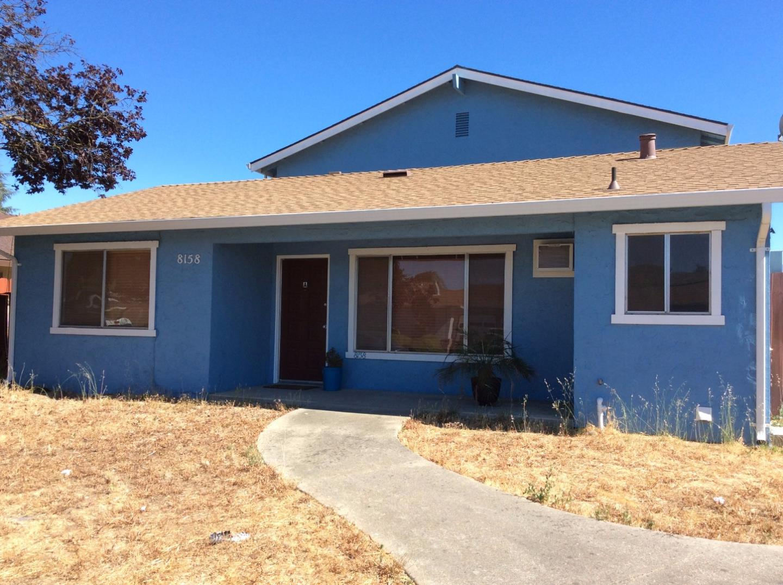 Casa Multifamiliar por un Venta en 8158 Kelton Drive 8158 Kelton Drive Gilroy, California 95020 Estados Unidos