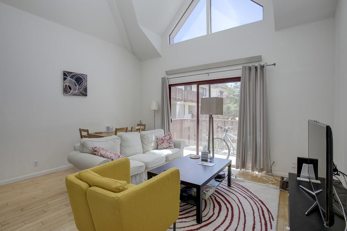 Additional photo for property listing at 4151 El Camino Way  Palo Alto, 加利福尼亞州 94306 美國