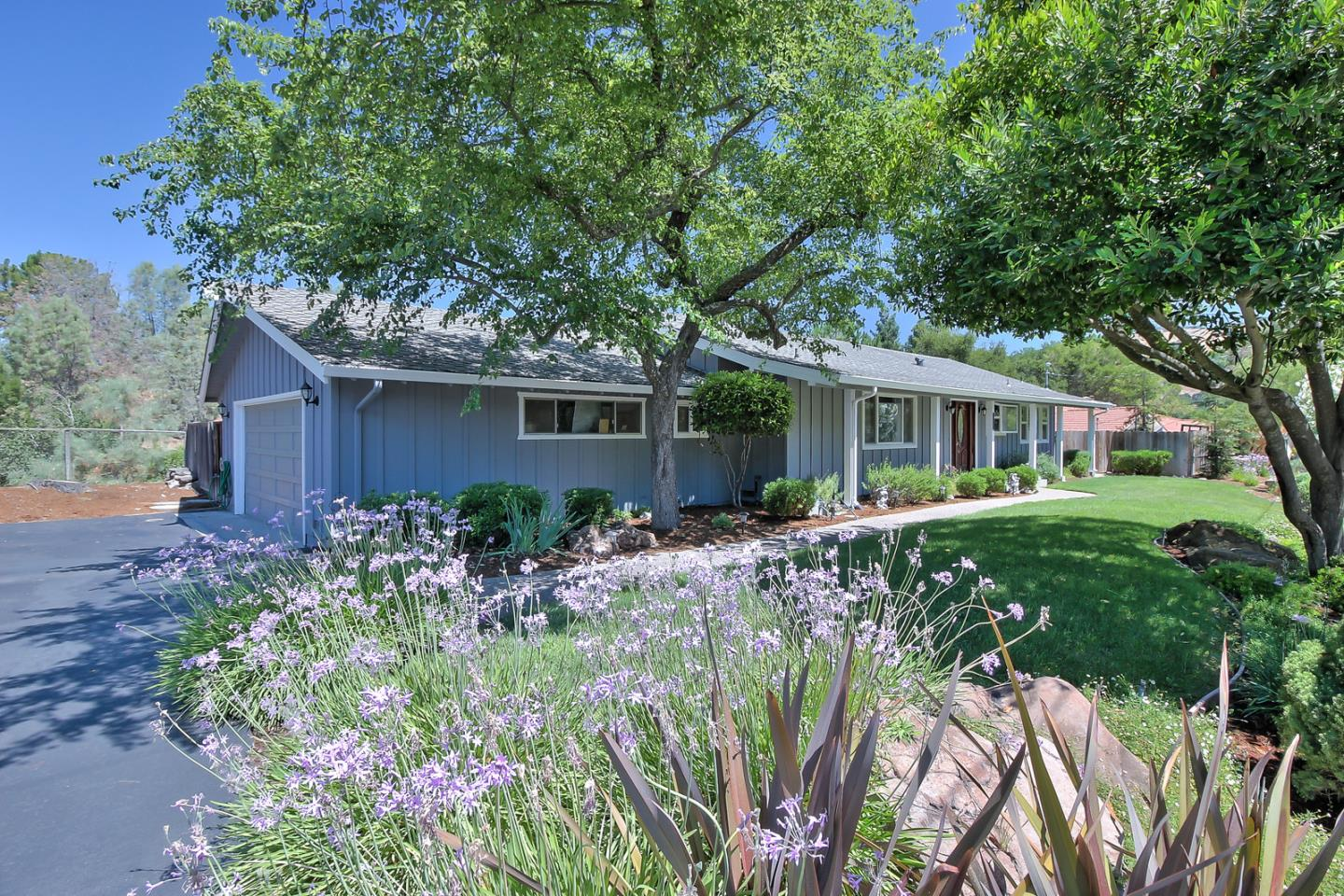 Additional photo for property listing at 17141 Parkview Drive  Morgan Hill, Californie 95037 États-Unis