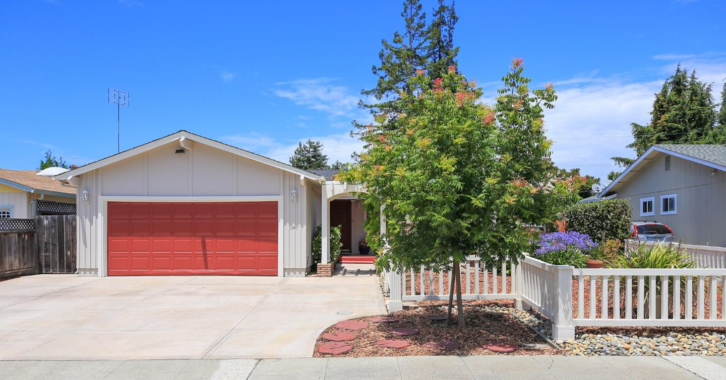 Additional photo for property listing at 830 San Pablo Drive  Mountain View, カリフォルニア 94043 アメリカ合衆国
