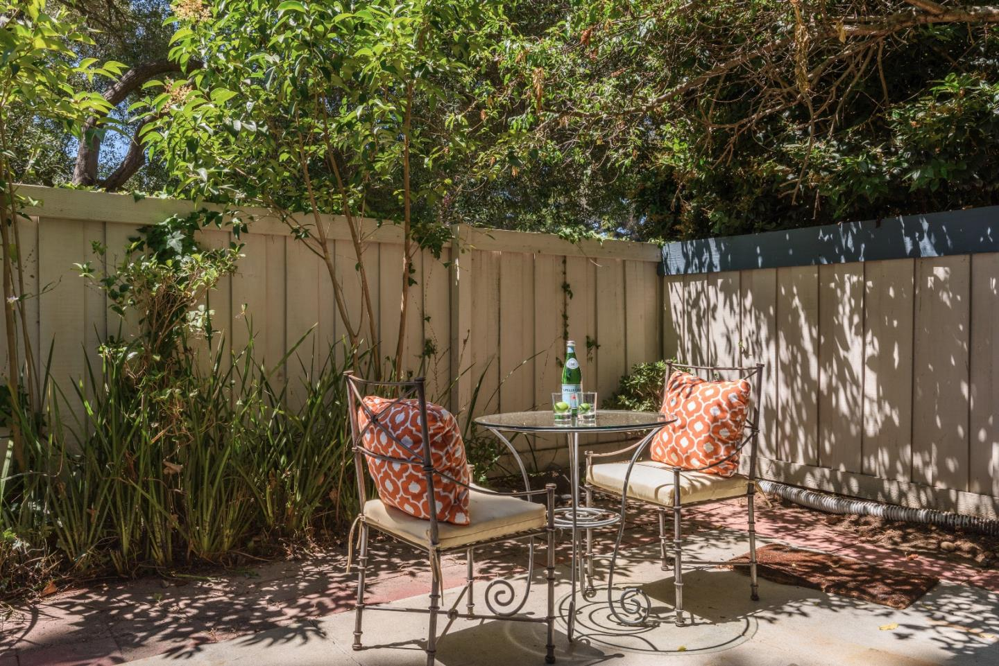 Additional photo for property listing at 777 Hollenbeck Avenue  Sunnyvale, Californie 94087 États-Unis