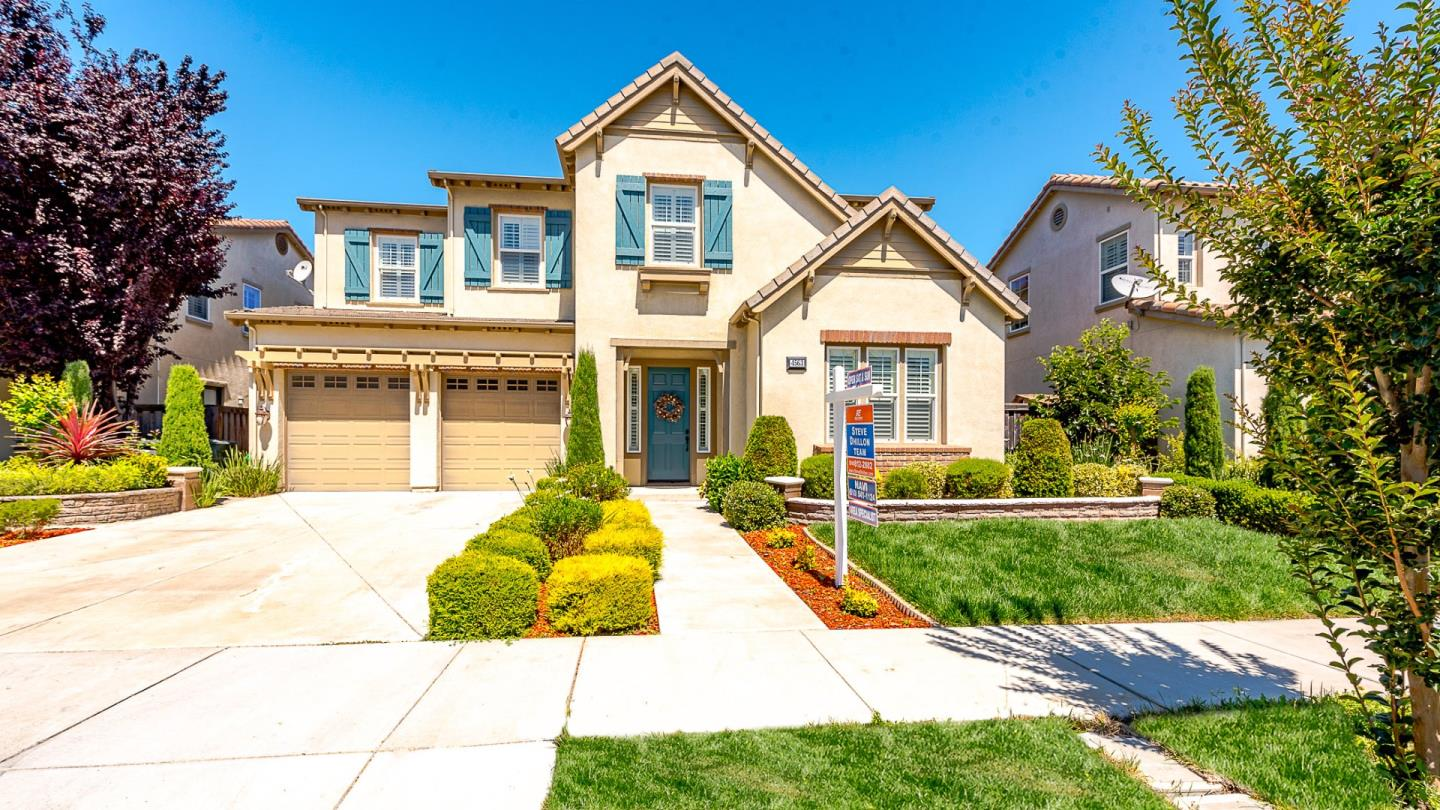 Single Family Home for Sale at 4563 Arce Street Union City, California 94587 United States