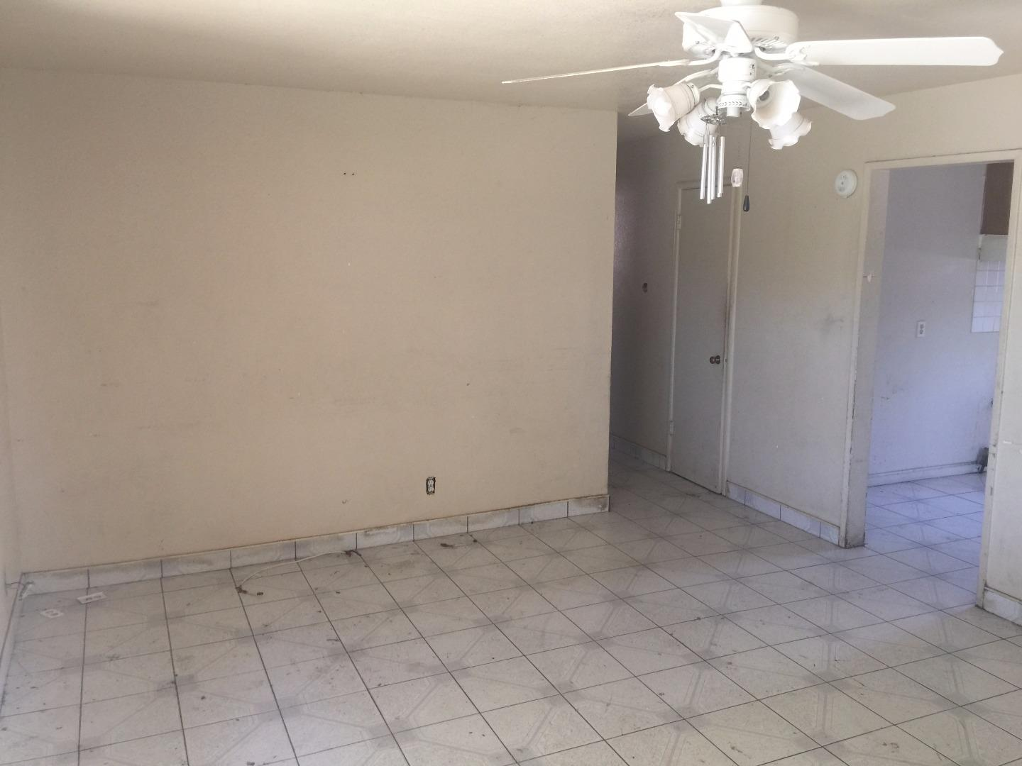 Additional photo for property listing at 483 Sebasian Way  San Jose, Kalifornien 95111 Vereinigte Staaten
