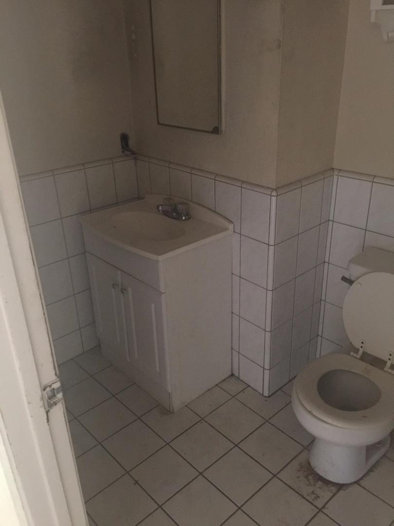 Additional photo for property listing at 483 Sebasian Way  San Jose, Калифорния 95111 Соединенные Штаты