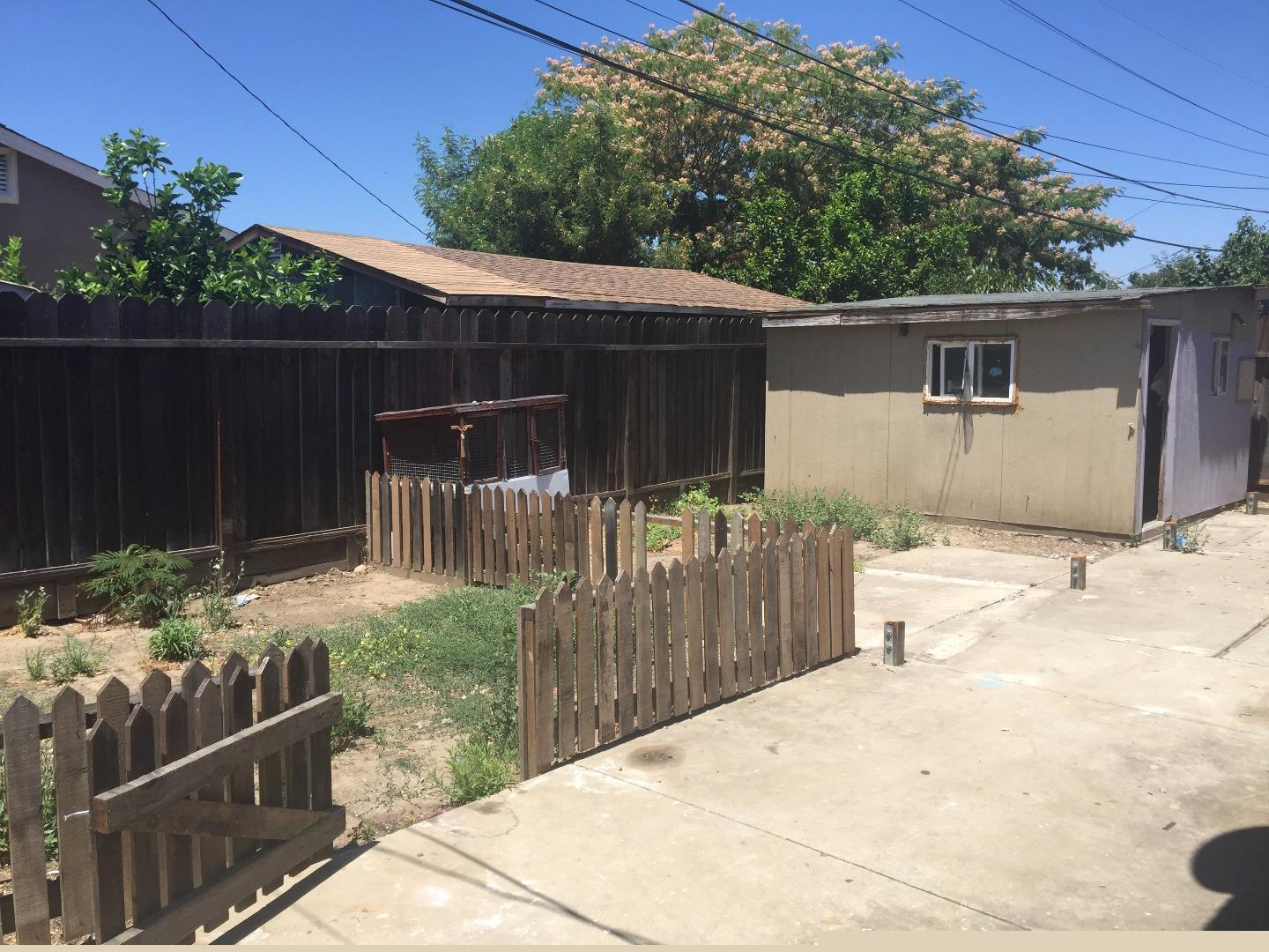 Additional photo for property listing at 483 Sebasian Way  San Jose, California 95111 United States