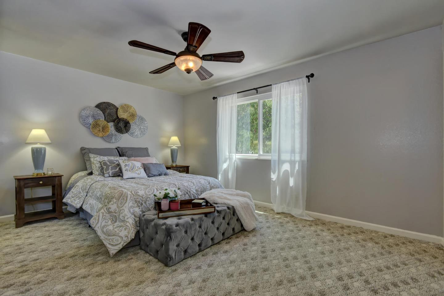 Additional photo for property listing at 1570 Peppertree Court  Morgan Hill, Kalifornien 95037 Vereinigte Staaten