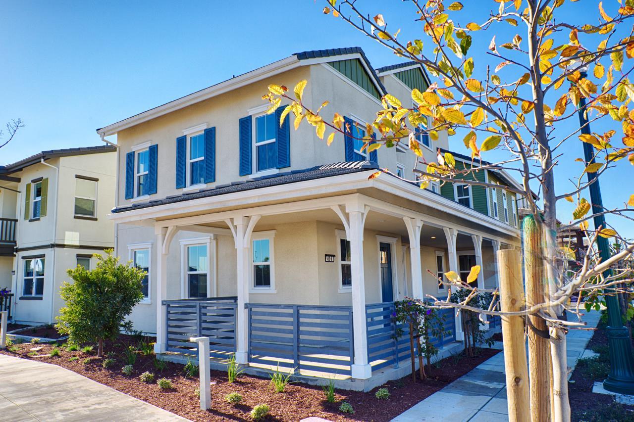 Maison unifamiliale pour l Vente à 2738 Bette Street Alameda, Californie 94501 États-Unis
