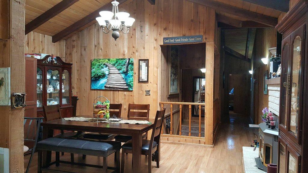 Additional photo for property listing at 2324 Woodland  Frazier Park, California 93222 United States
