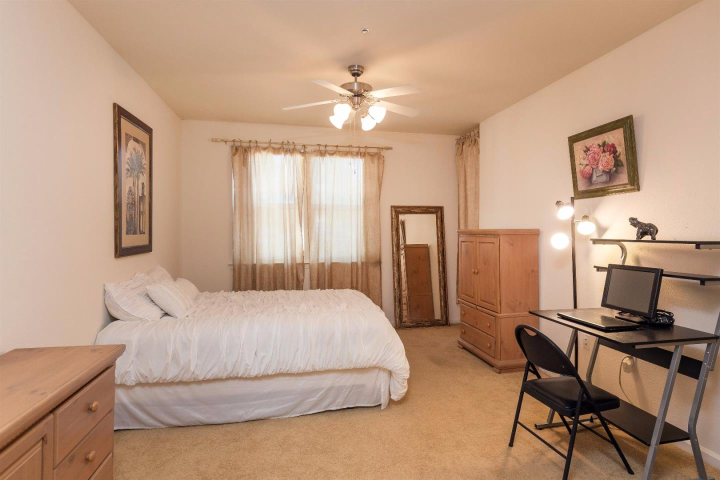 Additional photo for property listing at 1310 Saddle Rack Street  San Jose, Californie 95126 États-Unis