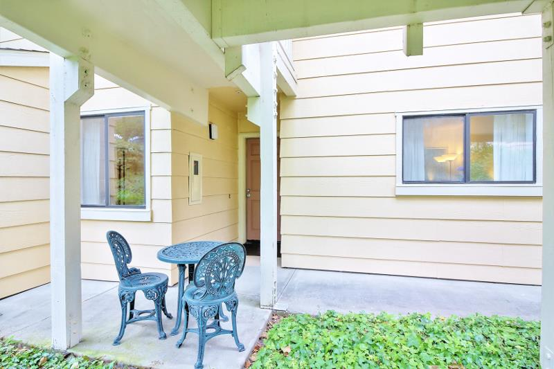 Condominio por un Venta en 2202 Wildflower Court Daly City, California 94014 Estados Unidos