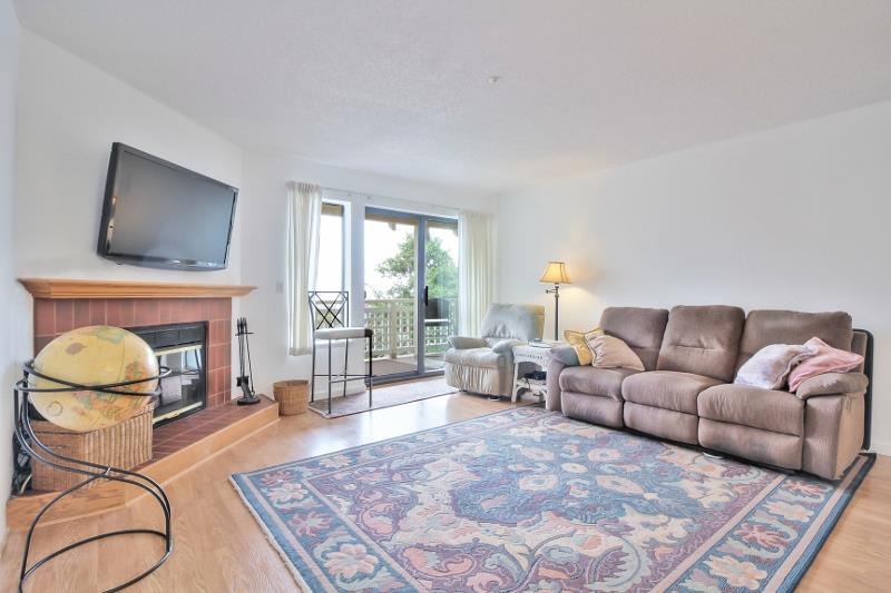 Additional photo for property listing at 2202 Wildflower Court  Daly City, California 94014 Estados Unidos