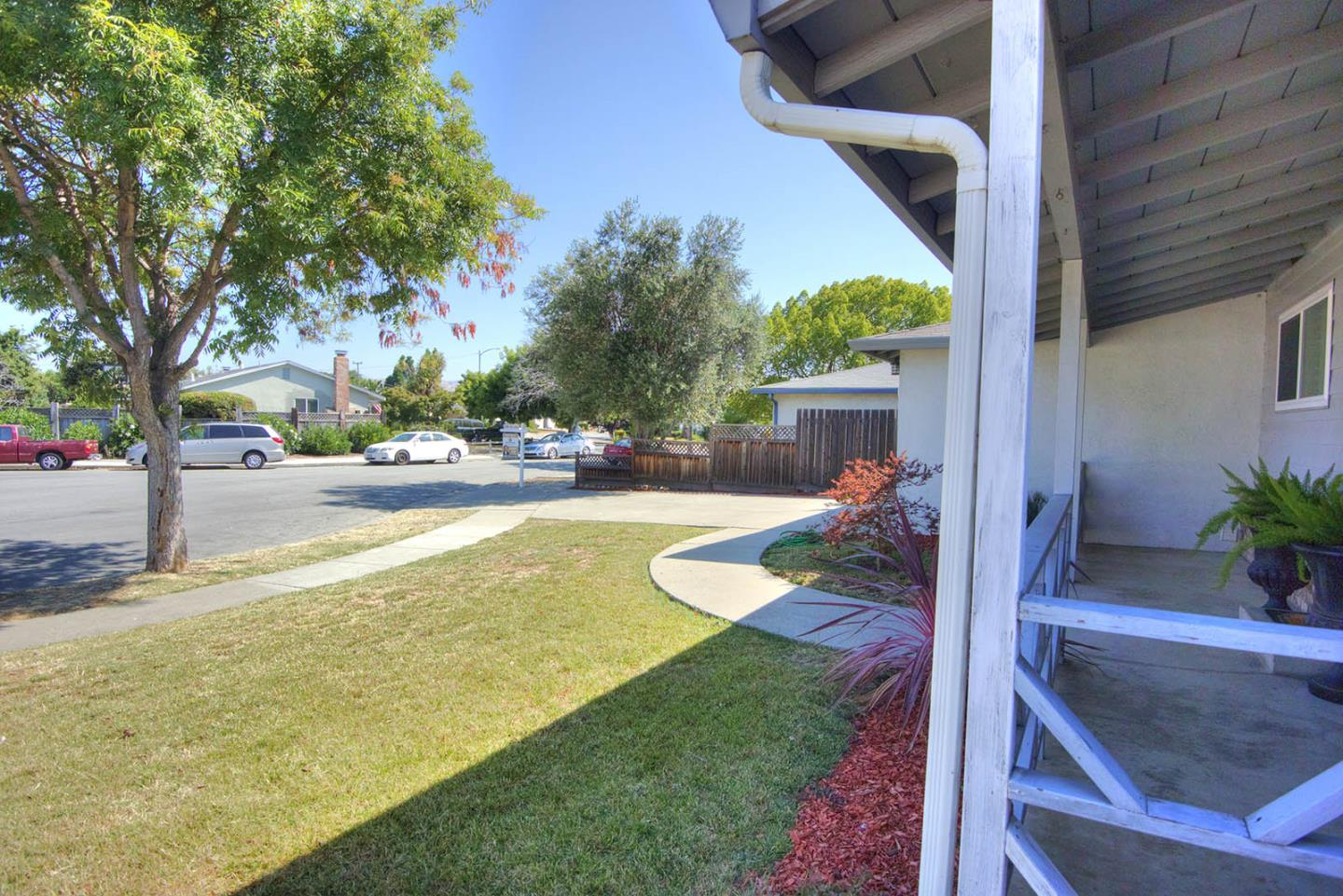 Additional photo for property listing at 40051 June Court  Fremont, カリフォルニア 94538 アメリカ合衆国