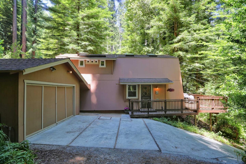 獨棟家庭住宅 為 出售 在 1101 Pine Drive Felton, 加利福尼亞州 95018 美國