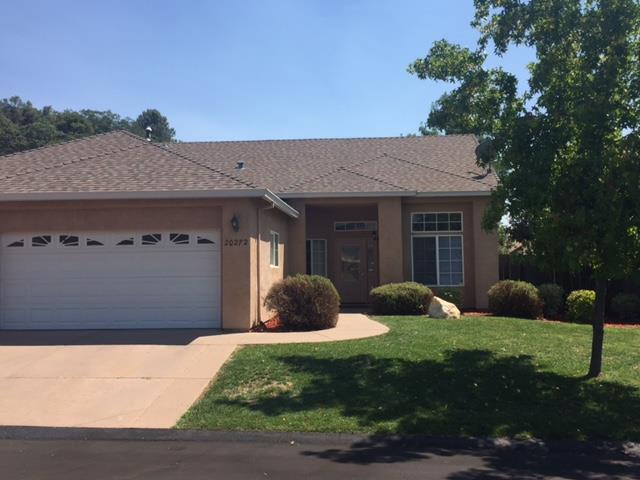 واحد منزل الأسرة للـ Sale في 20272 Starr King Drive Soulsbyville, California 95372 United States