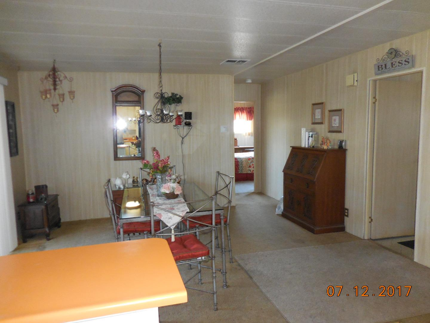 Additional photo for property listing at 150 Kern Street  Salinas, Калифорния 93905 Соединенные Штаты