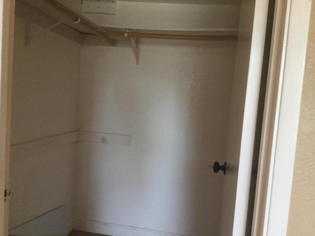 Additional photo for property listing at 532 Giuffrida Avenue  San Jose, Californie 95123 États-Unis