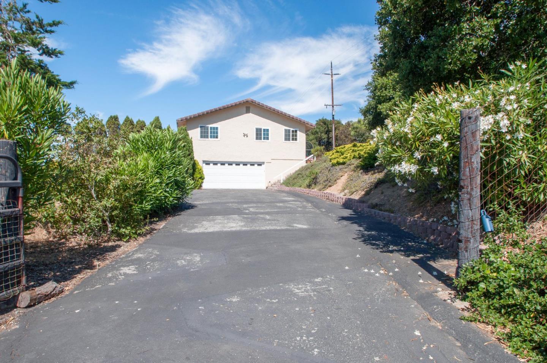 Einfamilienhaus für Verkauf beim 2970 Rea Court Aromas, Kalifornien 95004 Vereinigte Staaten