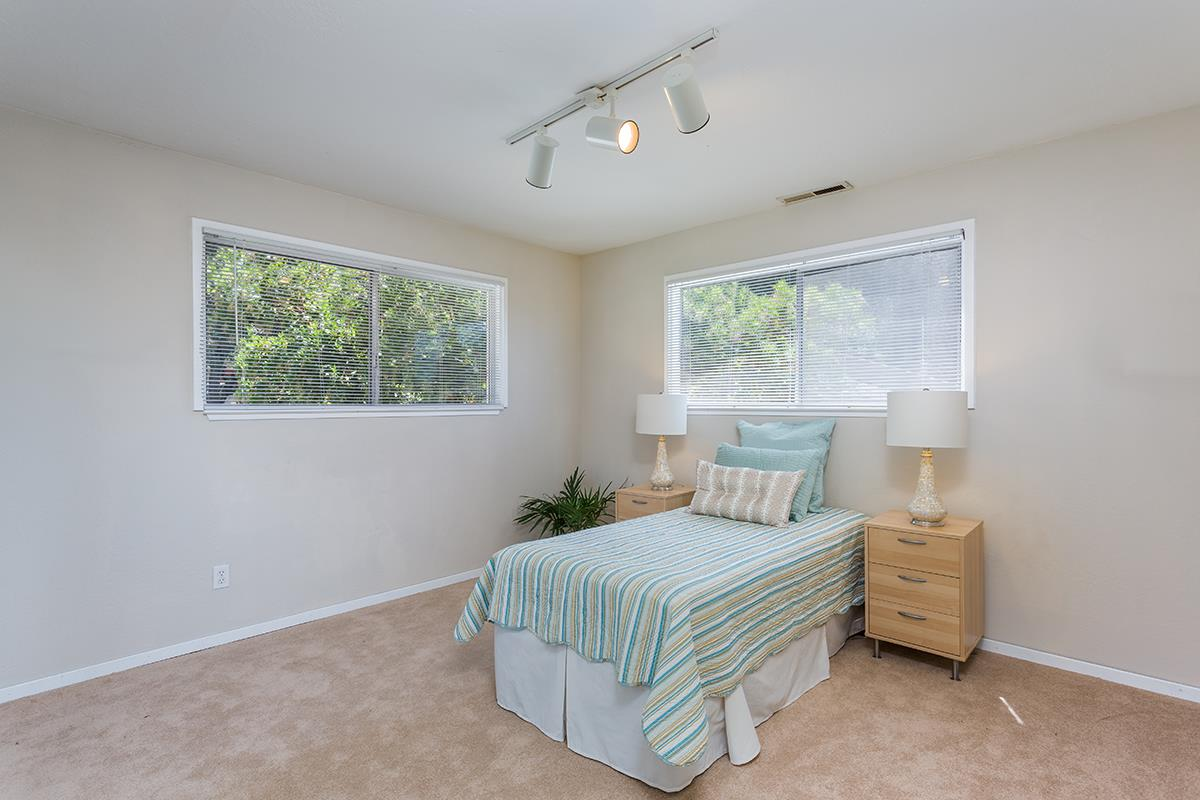 Additional photo for property listing at 280 Miraflores Road  Scotts Valley, カリフォルニア 95066 アメリカ合衆国