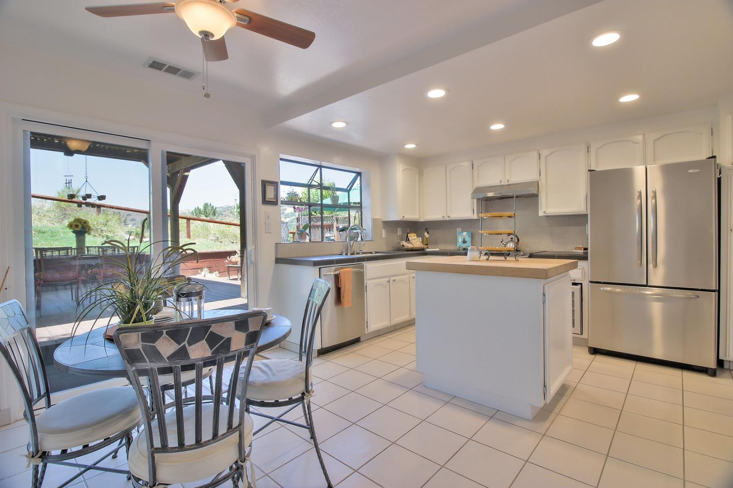 Additional photo for property listing at 16980 Helene Court  Morgan Hill, California 95037 United States