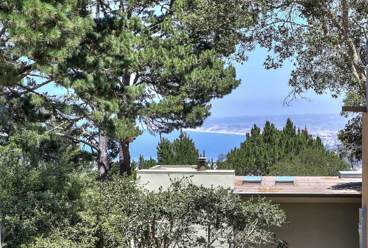 Additional photo for property listing at 51 Cuesta Vista Drive  Monterey, California 93940 United States