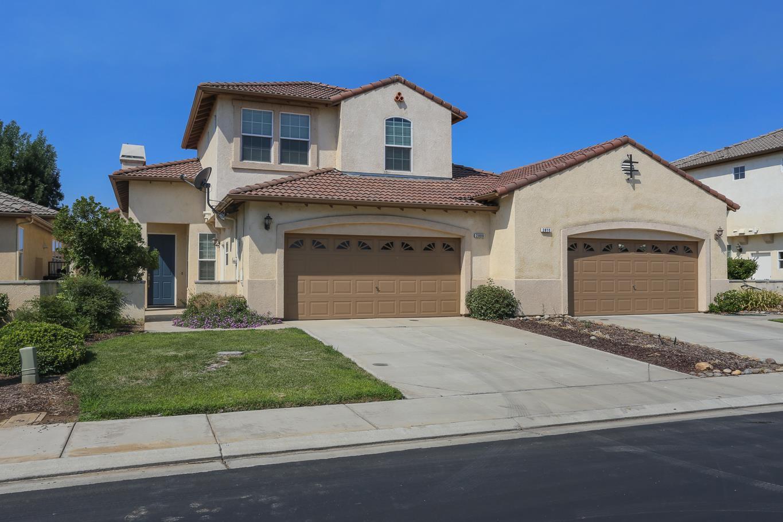 Частный односемейный дом для того Продажа на 2800 Amalfi 2800 Amalfi Chowchilla, Калифорния 93610 Соединенные Штаты
