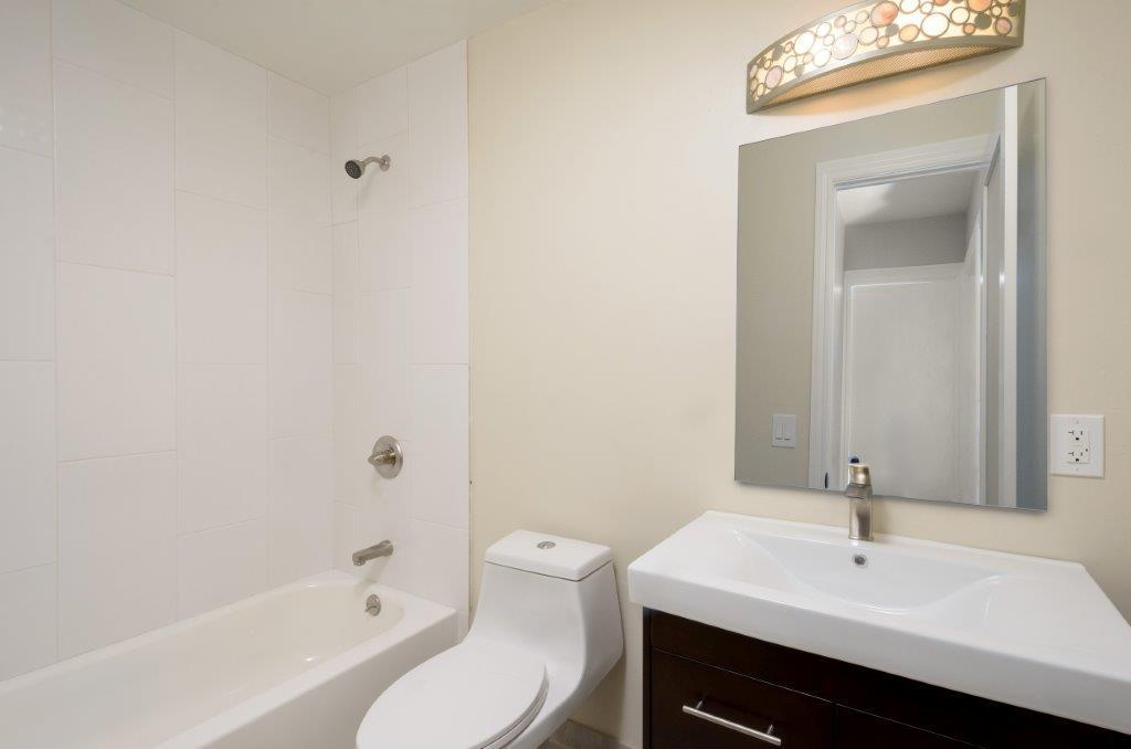 Additional photo for property listing at 1132 Banyan Way 1132 Banyan Way Pacifica, California 94044 United States