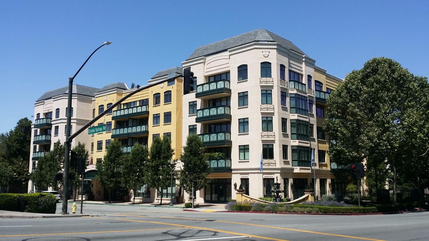 Condominium for Sale at 10 Crystal Springs Road San Mateo, California 94402 United States