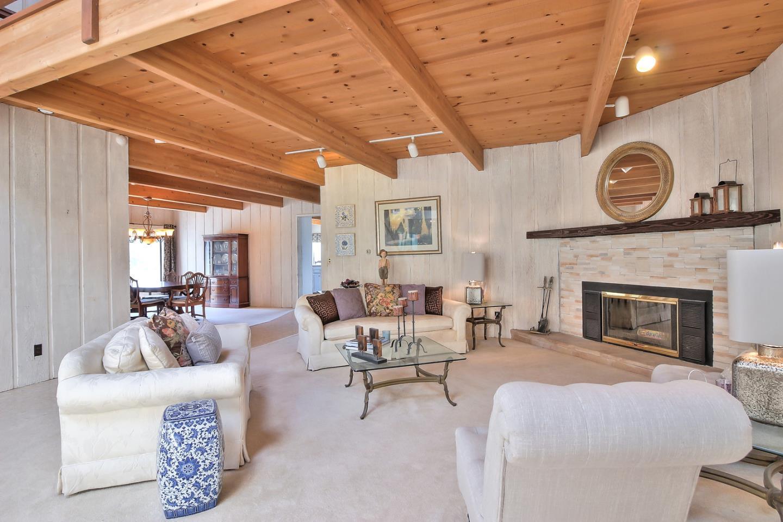 Частный односемейный дом для того Продажа на 17280 Tamara Lane Royal Oaks, Калифорния 95076 Соединенные Штаты