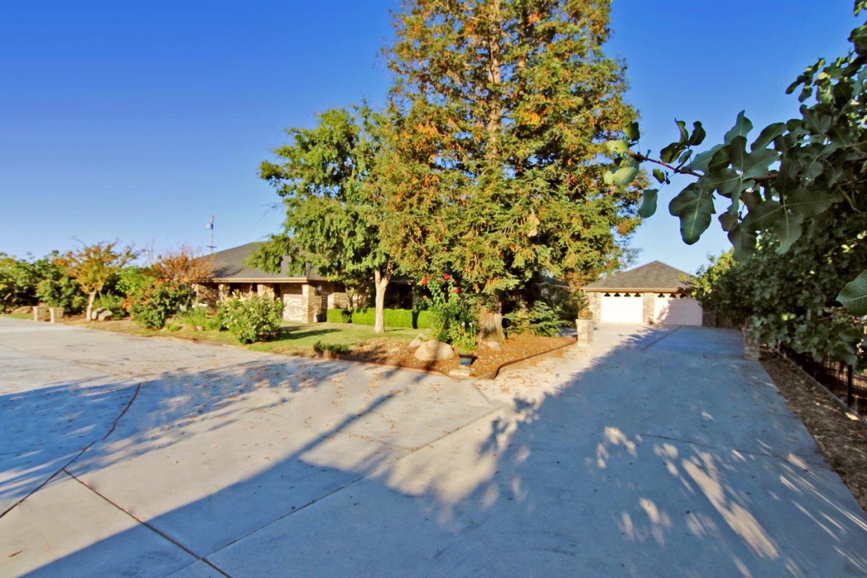 獨棟家庭住宅 為 出售 在 14208 Road 36 Madera, 加利福尼亞州 93636 美國