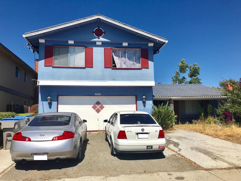 Maison unifamiliale pour l Vente à 2843 Mayglen Way San Jose, Californie 95133 États-Unis