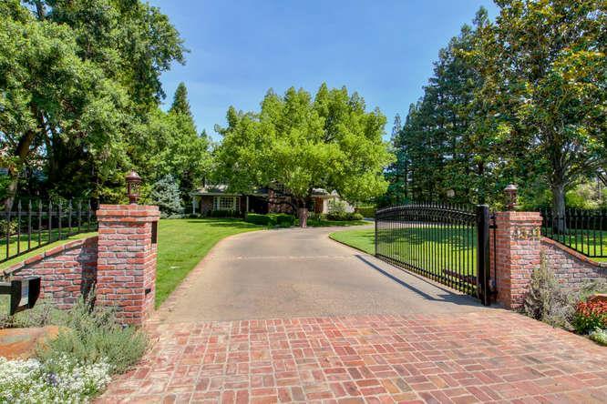 Single Family Home for Sale at 4541 Berrendo Drive Sacramento, California 95864 United States
