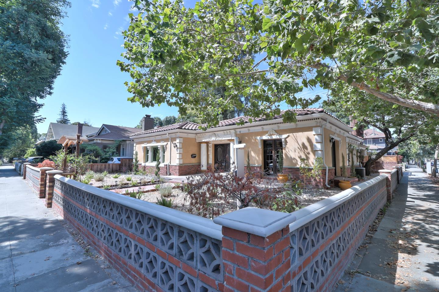 Additional photo for property listing at 101 S 13th Street  San Jose, カリフォルニア 95112 アメリカ合衆国