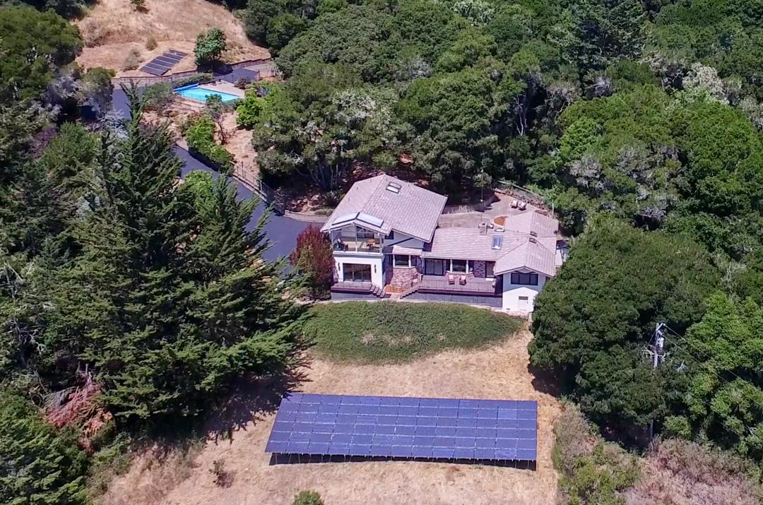 واحد منزل الأسرة للـ Sale في 241 Sundance Hill Soquel, California 95073 United States