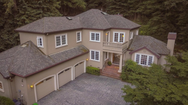 Частный односемейный дом для того Продажа на 332 Silverwood Drive Scotts Valley, Калифорния 95066 Соединенные Штаты