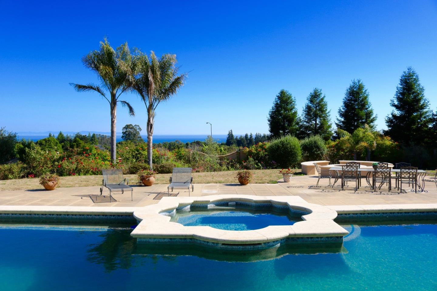 Additional photo for property listing at 120 DeBernardo Lane  Aptos, Californie 95003 États-Unis