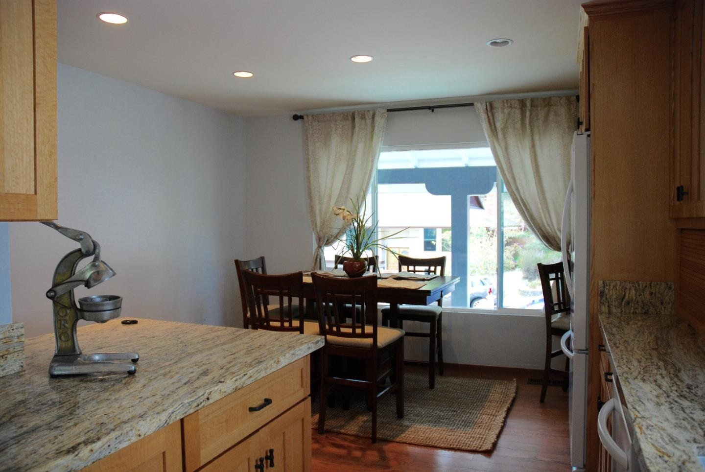 Additional photo for property listing at 1154 Grand Teton Drive  Pacifica, California 94044 United States