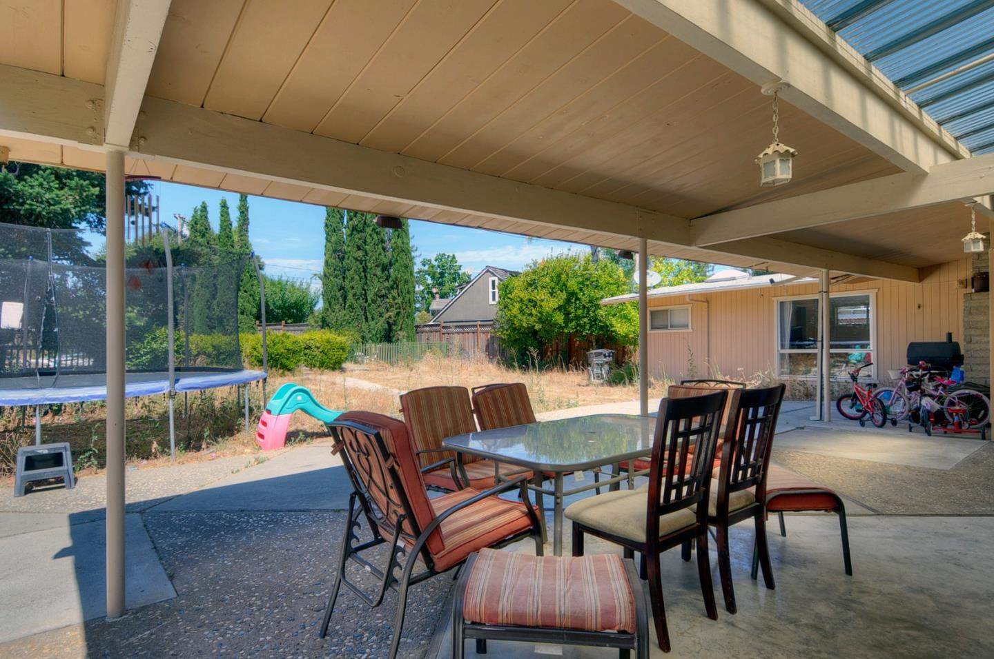 Additional photo for property listing at 115 Vallecitos Way  Los Gatos, California 95032 United States