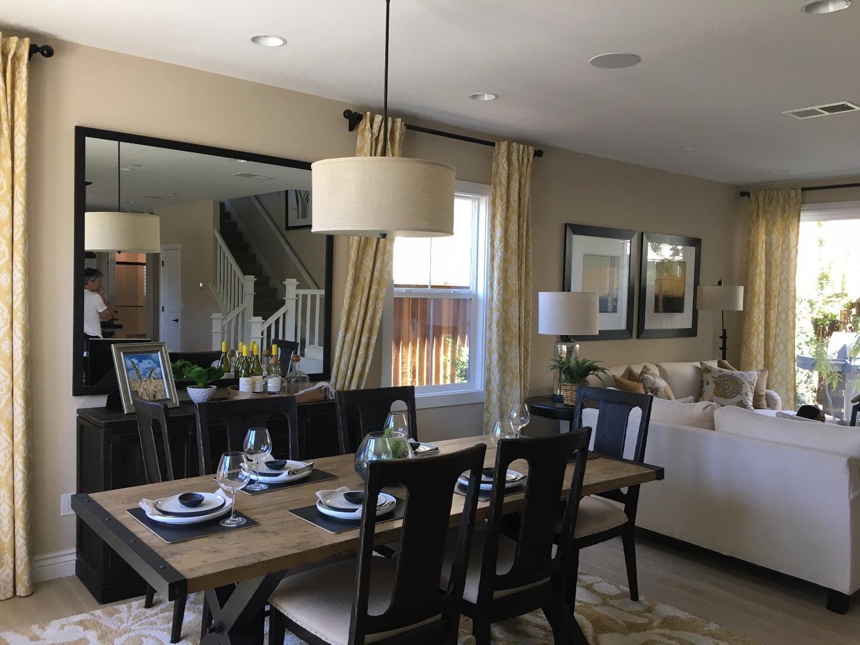 獨棟家庭住宅 為 出租 在 5523 Clove Hitch Loop Fremont, 加利福尼亞州 94555 美國