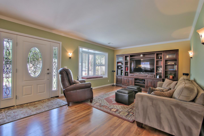 Additional photo for property listing at 2189 Benton Street  Santa Clara, California 95050 United States
