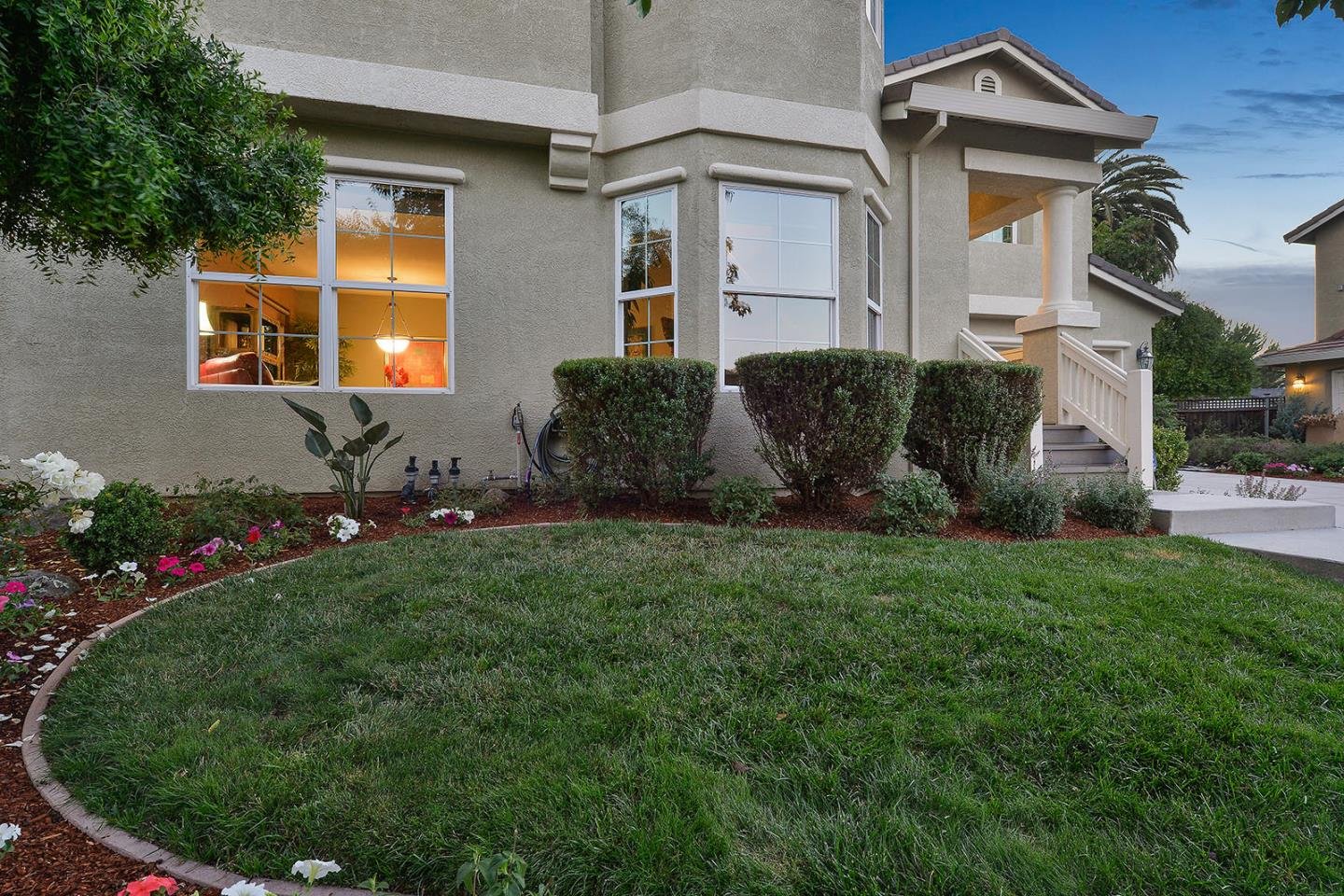 Additional photo for property listing at 12 Shorebreeze Court  East Palo Alto, Kalifornien 94303 Vereinigte Staaten