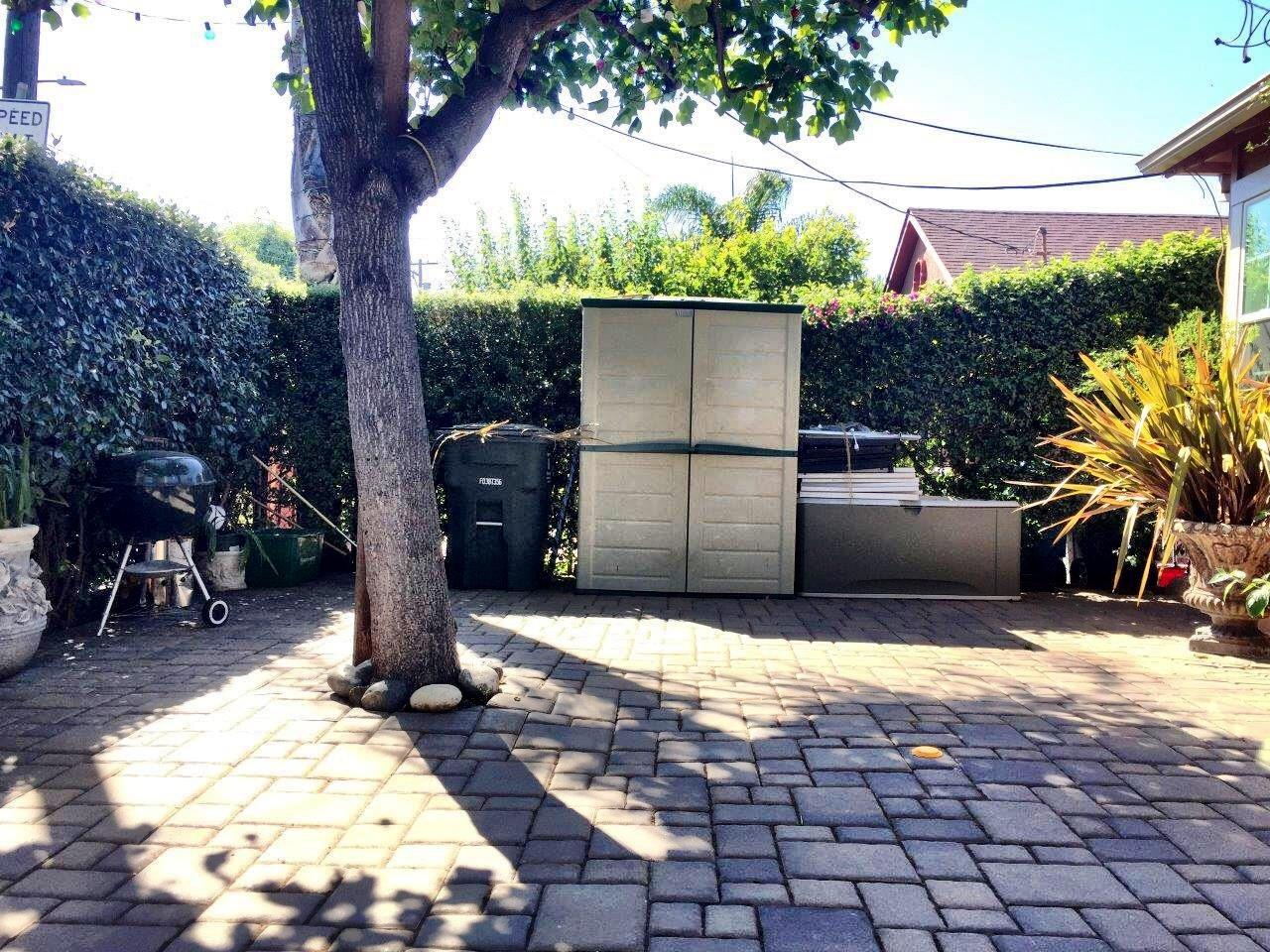 Additional photo for property listing at 627 Spring Street  Redwood City, California 94063 United States