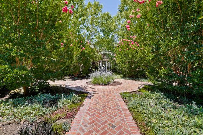 384 Atherton Avenue, ATHERTON, CA 94027