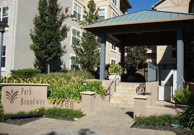 Additional photo for property listing at 1388 Broadway  Millbrae, California 94030 United States