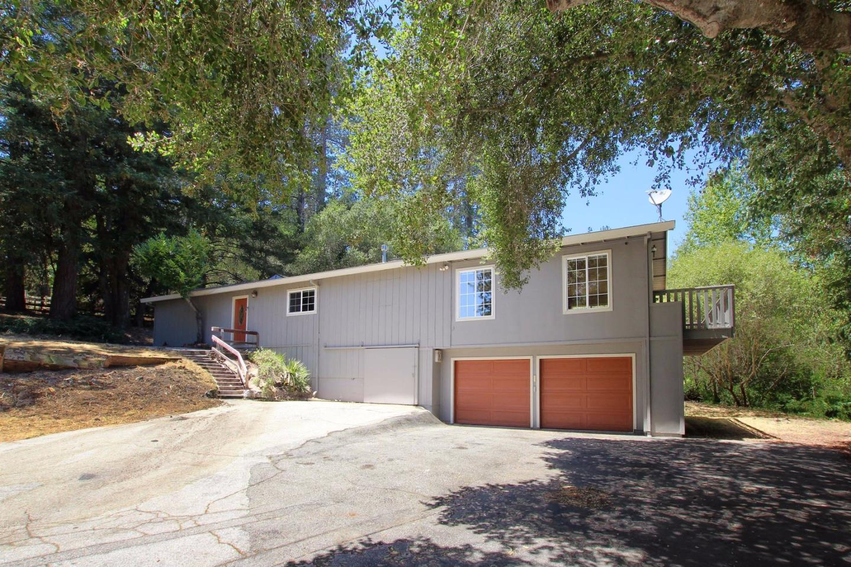 獨棟家庭住宅 為 出售 在 170 Willow Drive Felton, 加利福尼亞州 95018 美國